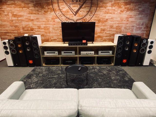 Maak kennis met onze showroom en luisterruimte!