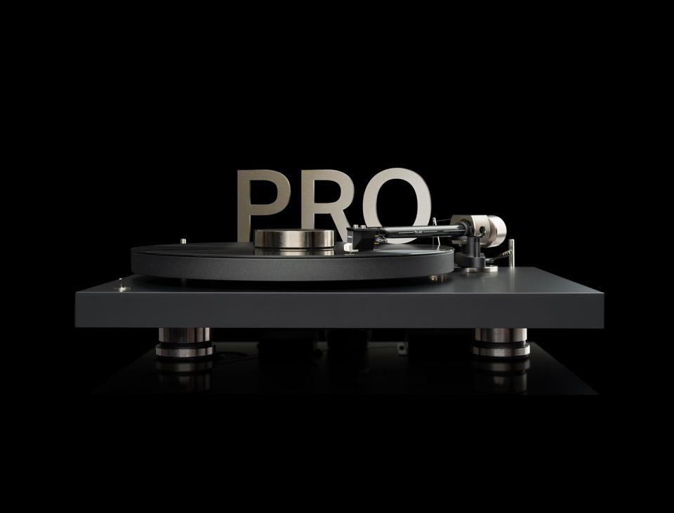 Pro-Ject Debut Pro: futuristisch luistergenot